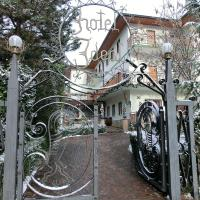 Hotel Ideal, hotel in Levico Terme