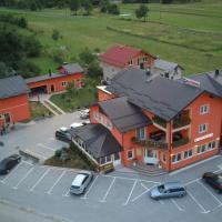 House Šapina, hotel in Korenica