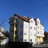 Apartments and rooms with WiFi Zagreb - 15959