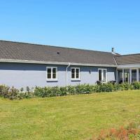 Three-Bedroom Holiday home in Skals 1