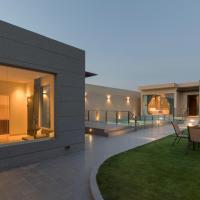 THE CORNER CHALETS, hotel near King Khalid Airport - RUH, Riyadh