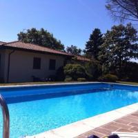 Villa Ermelinda, hotell i Comerio