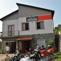 Italian Piston House Sport Moto Rent, hotel a Millesimo