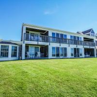 Beachside Village Resort, a VRI resort, hotel in Falmouth