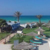 Hotel de charme et SPA Dar El Bhar, hotel in Mezraya