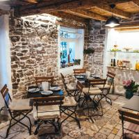 Guesthouse Centrum B&B, hotel in Izola