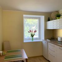 Excelent apartment with garden and free parking