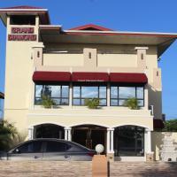 Grand Diamond Hotel Trinidad, hotel in Piarco