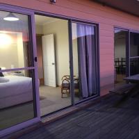 White Sands Estate unit 20, hotel em Four Mile Creek
