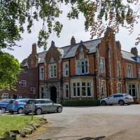 Best Western Grimsby Oaklands Hall Hotel, hotel in Laceby