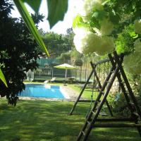 Vivenda com piscina e mini golf, Sever do Vouga by iZiBoo kings, hotel in Sever do Vouga