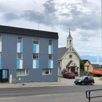 Midnattsol pensjonat, hotel in Harstad