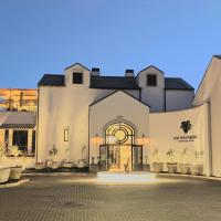 Am Weinberg Boutique Hotel, hotel in Windhoek