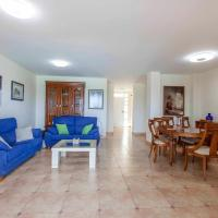 ApartUP Canet Beachfront House