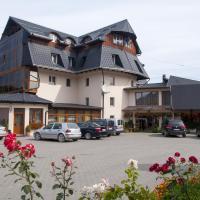 Hotel Cosmos, hotel in Câmpulung Moldovenesc