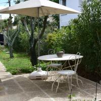 Appartement indépendant privatif avec jardin, hotel in Le Crès