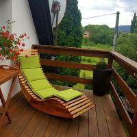 Happy Home, hotel in Budikovany