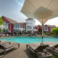 Estrimont Suites & Spa, hotel in Magog-Orford