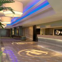 Hilton St. Louis Airport, hotel near Lambert - St. Louis International Airport - STL, Woodson Terrace