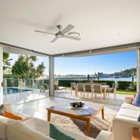 Pavillion 17 - Waterfront Spacious 4 Bedroom With Own Inground Pool And Golf Buggy, hotel near Hamilton Island Airport - HTI, Hamilton Island