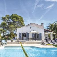 Five-Bedroom Holiday Home in Valbonne, hotel in Roquefort-les-Pins