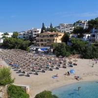 Apartamentos Playa Marina, hotel in Cala Ferrera