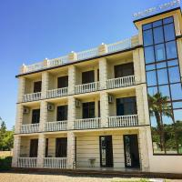Golden House, hotel in Anaklia
