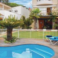 Four-Bedroom Holiday Home in Tossa De Mar