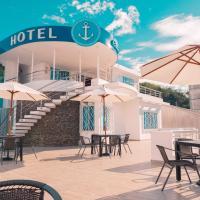 """Hotel Casa Arnaldo """"Esmeraldas"""", hotel in Esmeraldas"""