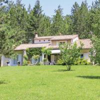 Three-Bedroom Holiday Home in Eyguians