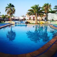 Bungalows Castillo Club Lake, hotel en Caleta de Fuste