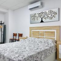 MODERN APARTMENT IN CENTER OF NOVELDA, hotel en Novelda