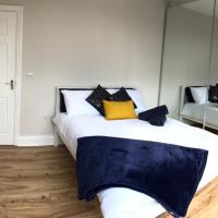 Lovely double room with an amazing London Eye view