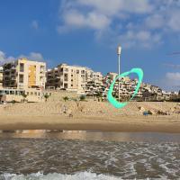 Palm Marine Bay Suite, hotel in Ashkelon