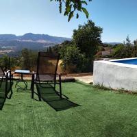 Casa el Pino, hotel en Cortes de la Frontera