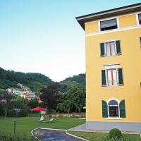 Mikeme, hotel in Carrara