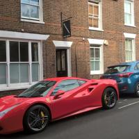 KEYFIELD TERRACE SERVICED APARTMENTS, hotel in St. Albans