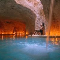 Hotel Zentik Project & Saline Cave, hotel in Valladolid