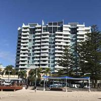 Grand Hotel Apartments Gold Coast by owner