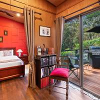 Noosa Hinterland Retreat, hotel in Tinbeerwah