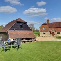 Tranquil Holiday home in Groombridge Kent with Balcony