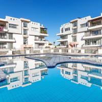 RiX Sunny Apartments, hotel in Kyrenia