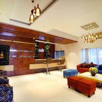 Carnival Resort, hotel in Latur