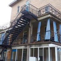 MHotel Domaine l'Envolée- Maison Fleurie, hotel em Victoriaville