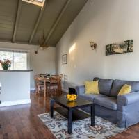 Spacious, Soaring Ceilings, Near Downtown MV, GOOG
