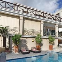 Something Special Villa in glitzy Camps Bay