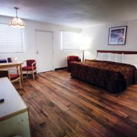 Spanish Trails Inn and Suites, hotel in Durango