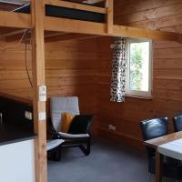 Chalet - Camping 't Dekske, hotel near Eindhoven Airport - EIN, Wintelre