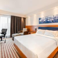 Hampton by Hilton Warsaw Airport, hotel in Warsaw
