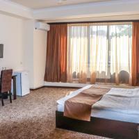 Yerevan Centre Hotel,葉瑞文的飯店